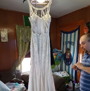 My daughters old prom dress